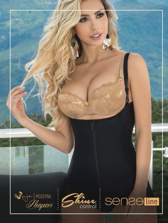 Moda Colombiana Mujer Moderna